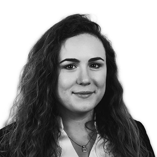 Ariadna Roca - Account Executive